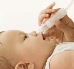mengeluarkan lendir pada hidung bayi flu