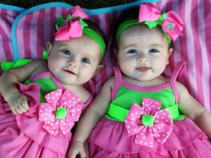 Mendapatkan anak perempuan kembar